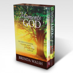 Moments With God Devotional  Gift Box Set